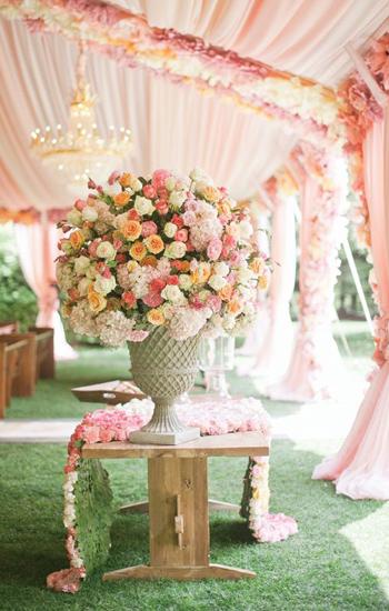 https://elennely.com.br/wp-content/uploads/2017/01/casamento-romantico-2.jpg